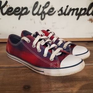 Converse chuck taylor DAINTY size 7 blue and red